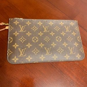Authentic Louis Vuitton Neverfull Pouch